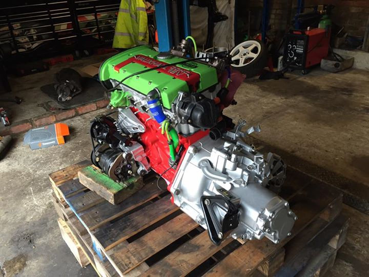 green and red engine